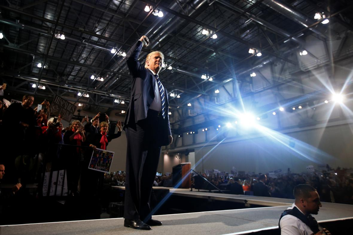 Donald Trump na mítinku v Michiganu
