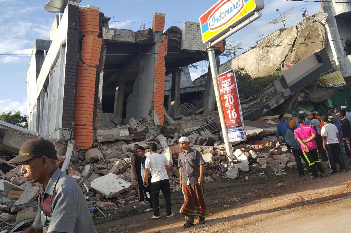 Následky zemětřesení v indonéské provincii Aceh - v oblasti Pidie Jaya