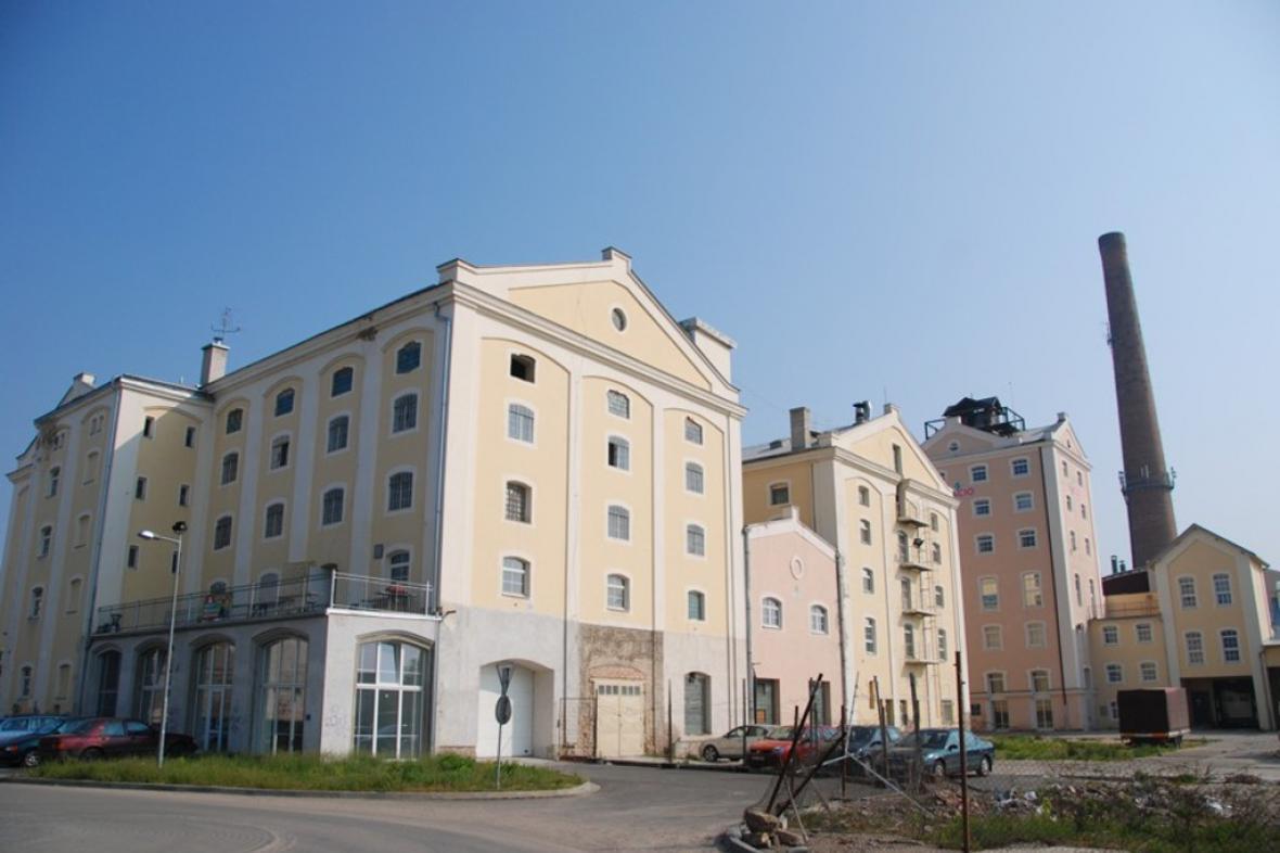 Břeclavský cukrovar založila židovská rodina Kuffnerů v roce 1863