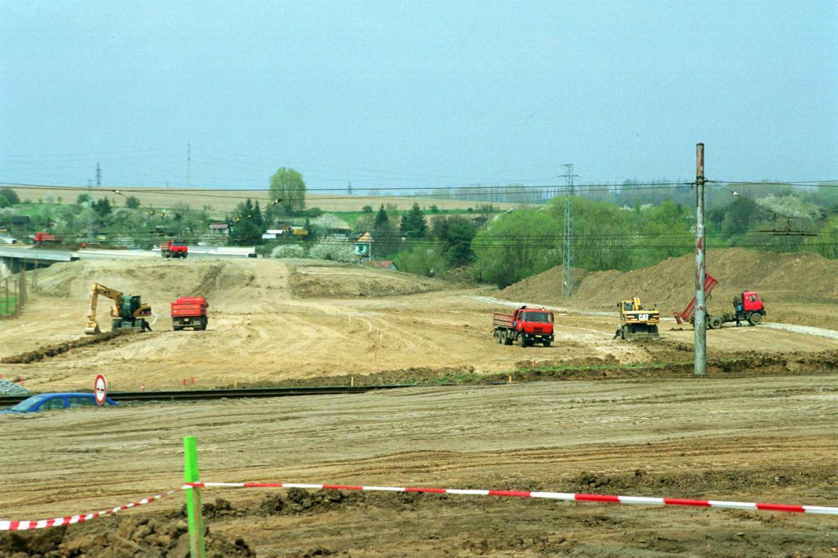Stavba obchvatu Otrokovic začala už před lety
