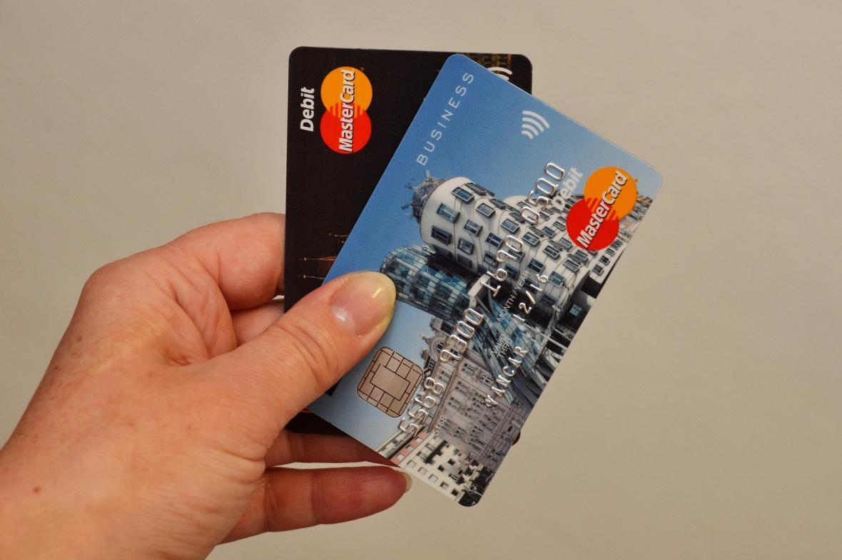Platební karta může sloužit jako jízdenka