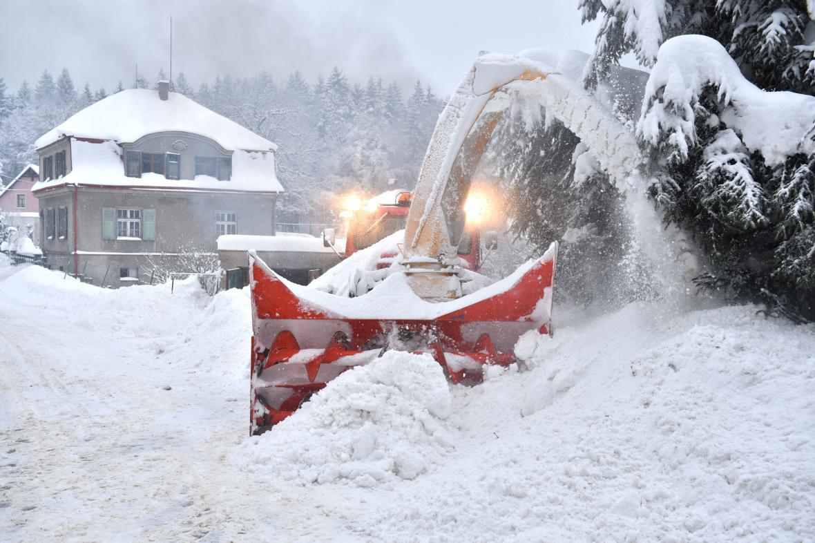 Odklízení sněhu z ulic Jablonce nad Nisou 16. ledna