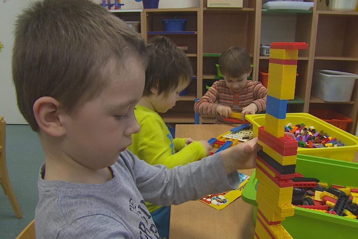 Rodiče v Brně už by neměli mít problém s hledáním školky