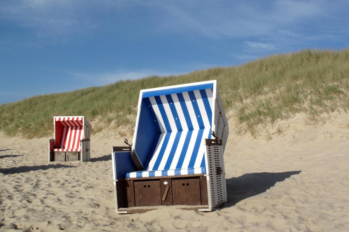 Plážová lehátka jsou ikonou Syltu