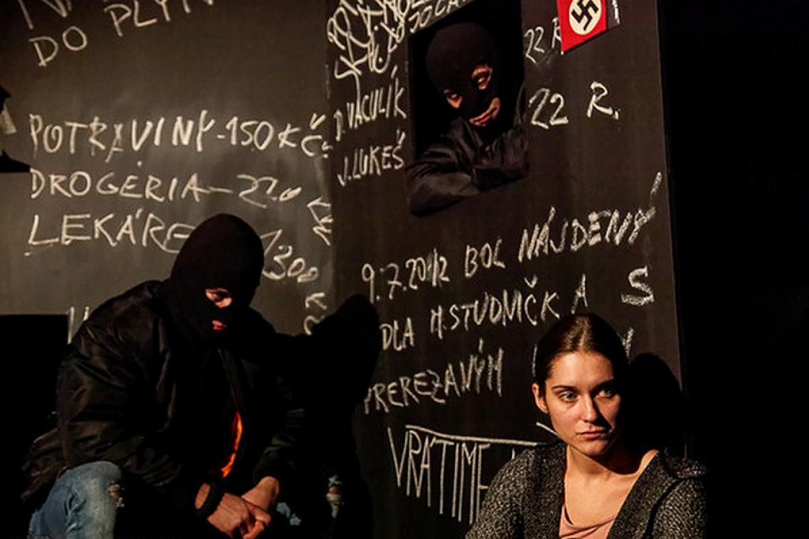 Výjev z divadelního projektu Natálka