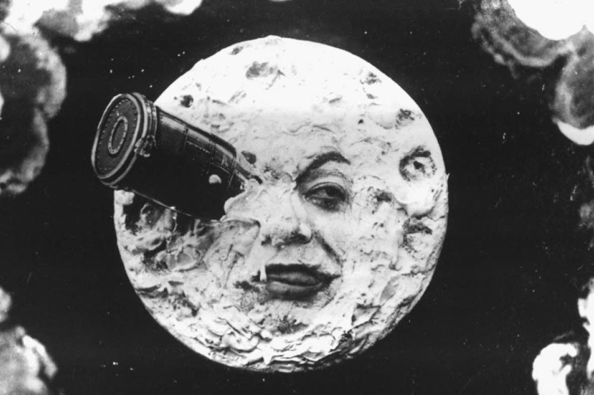 Přistání na Měsíci ve filmu Le Voyage dans la Lune