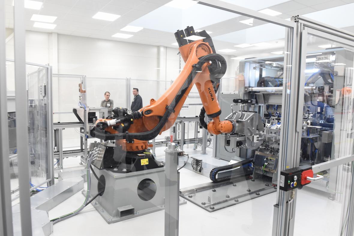 Robotizovaná linka firmy A123 Systems v Ostravě