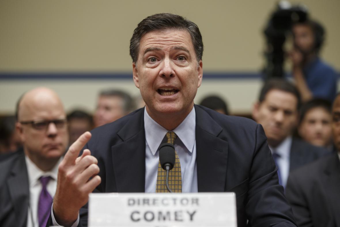Šéf FBI James Comey
