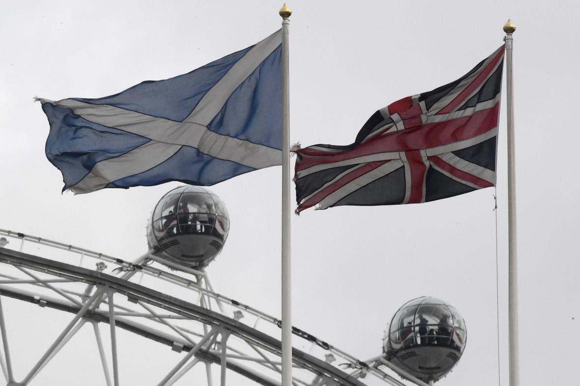 Vlajky Skotska a Spojeného království