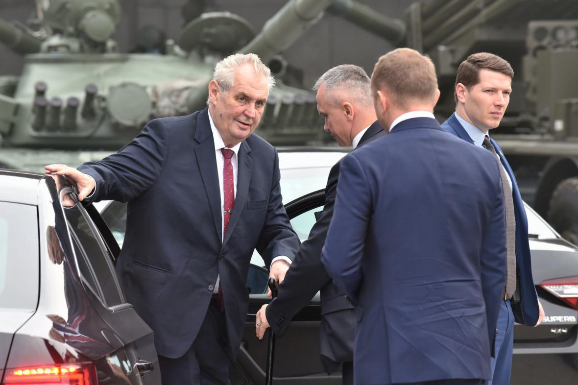 Prezident Miloš Zeman je druhým dnem na návštěvě Olomouckého kraje