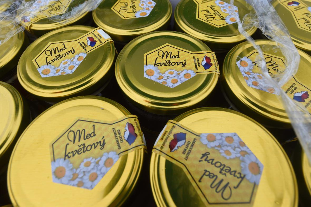 Likvidace medu s antibiotiky