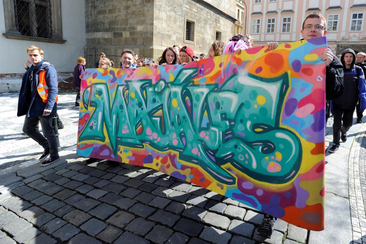 Majáles v Praze začal průvodem