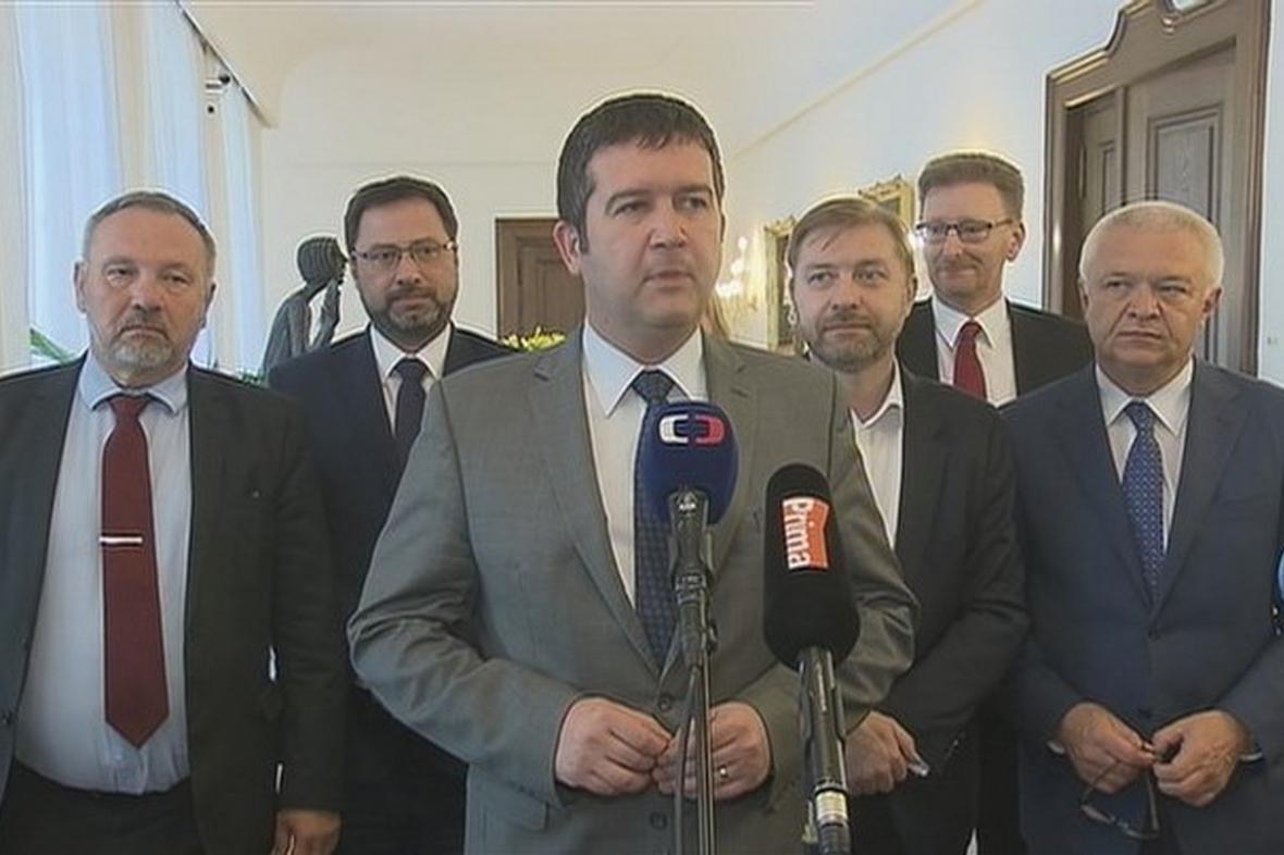 Jan Hamáček a předsedové poslaneckých klubů