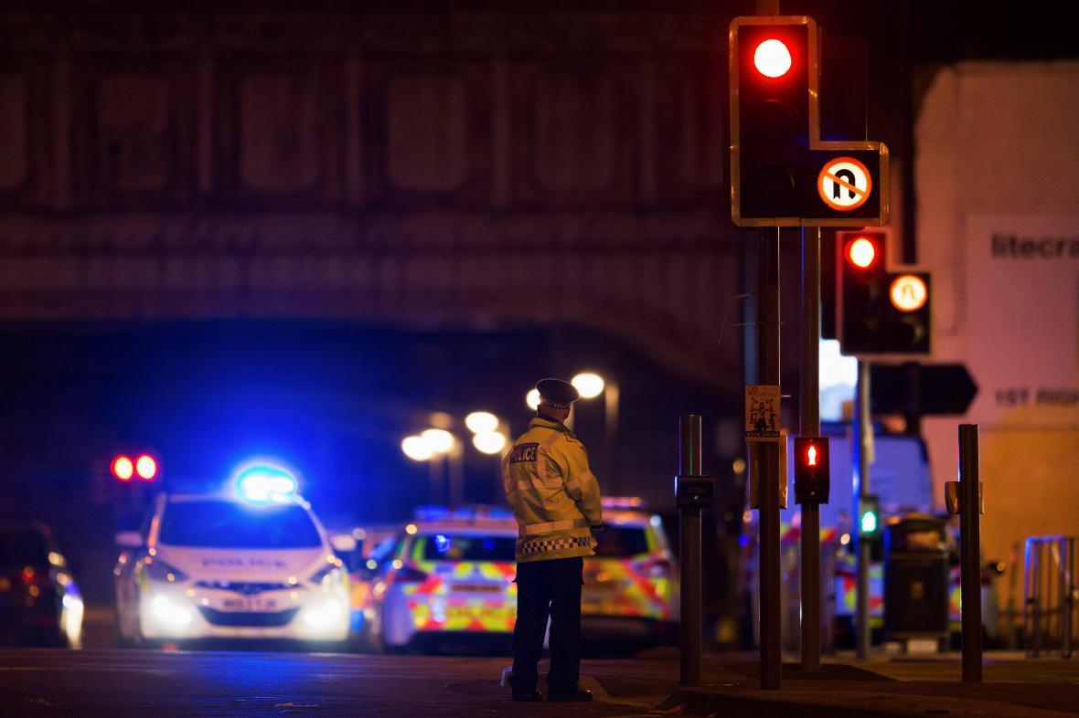 Po explozi v Manchesteru