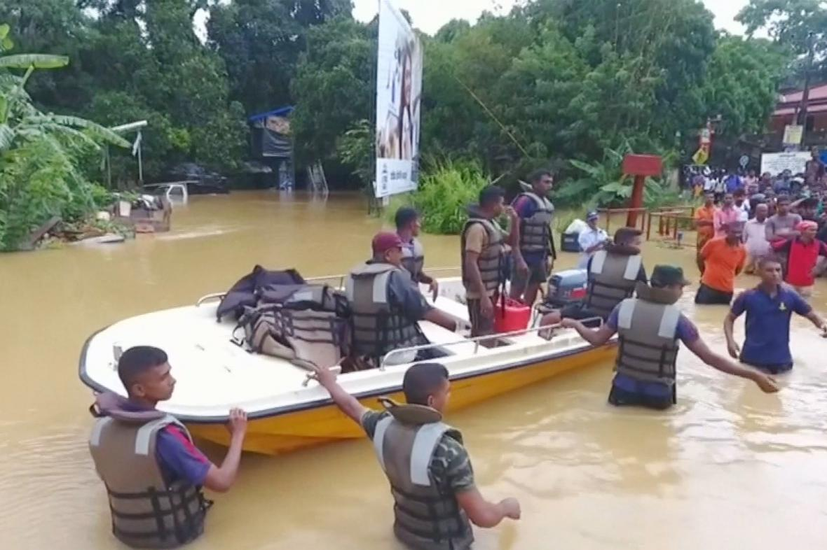 Evakuace postižených oblastí