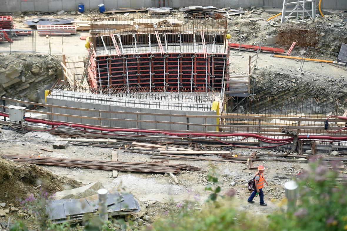 Rekonstrukce přehrady Šance