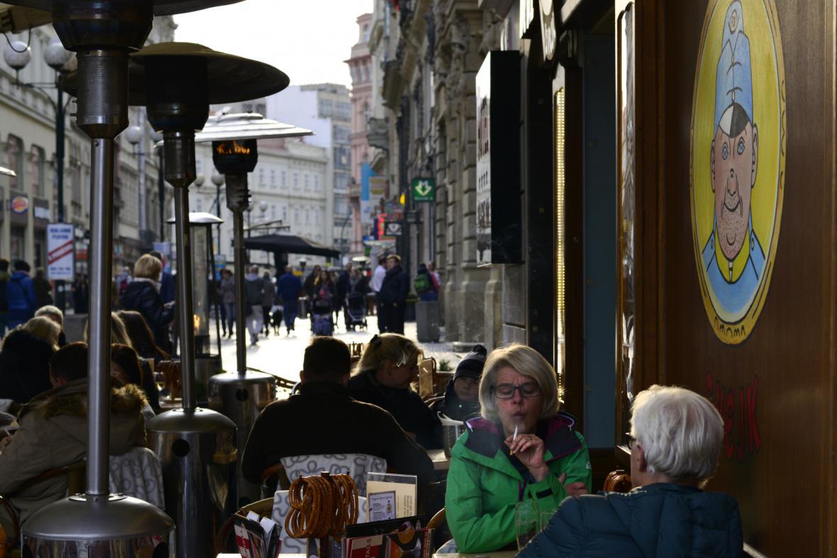 Předzahrádka v pražské restauraci