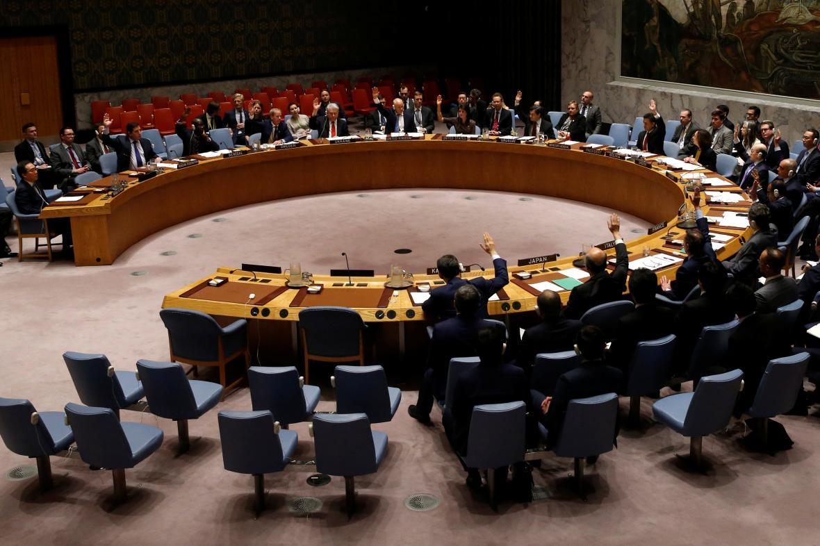 Rada bezpečnosti zpřísnila sankce proti KLDR