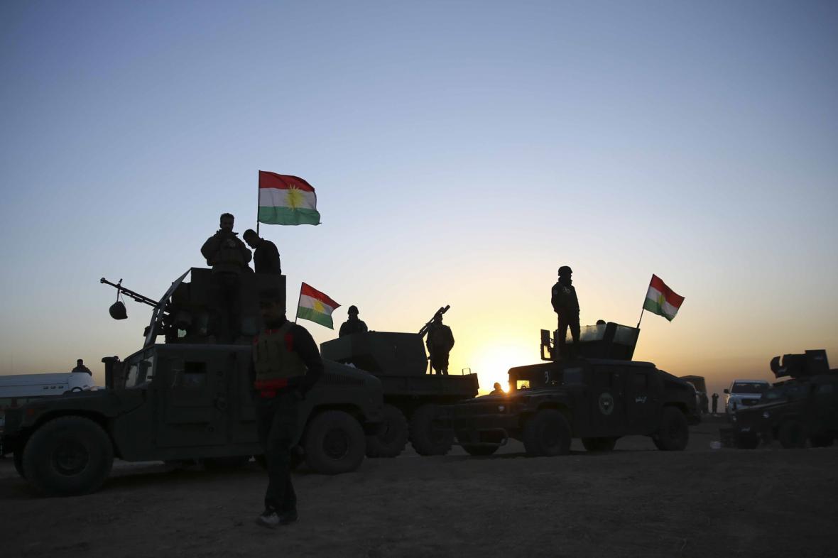 Kurdské jednotky pešmergů v bitvě o Mosul