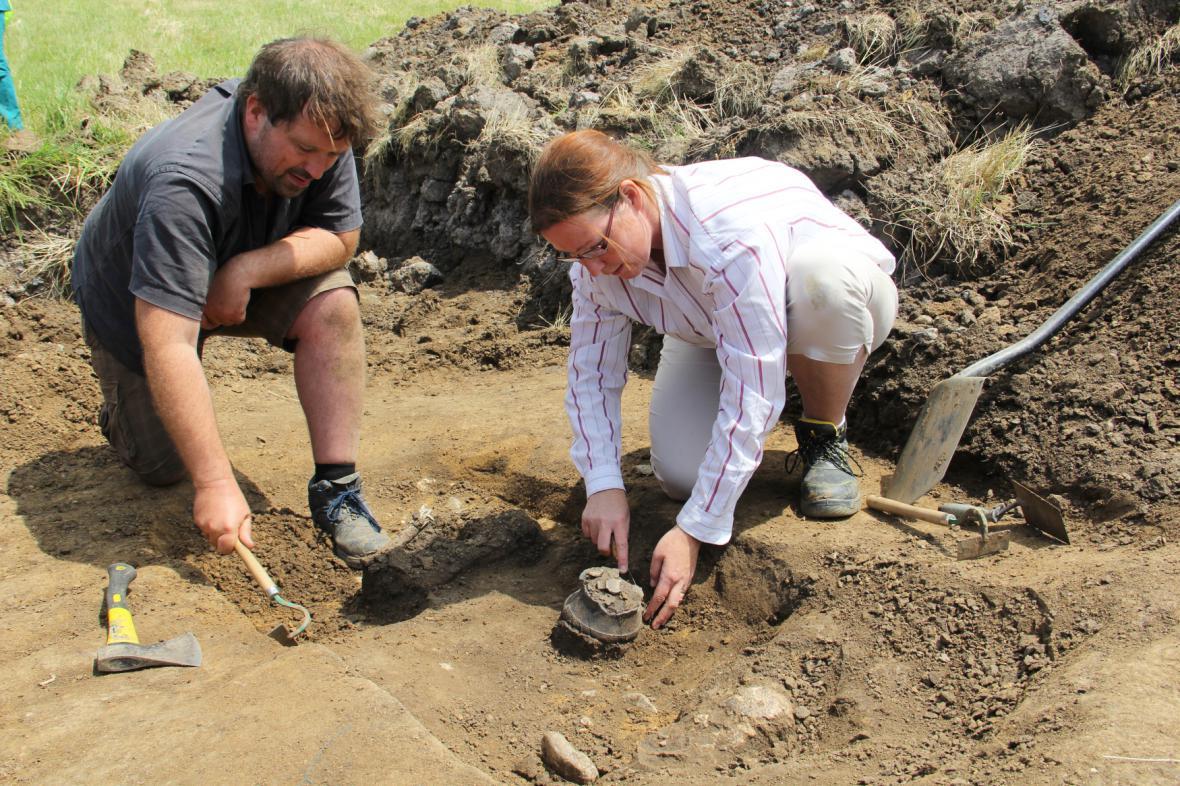 Archeologové na Mostecku