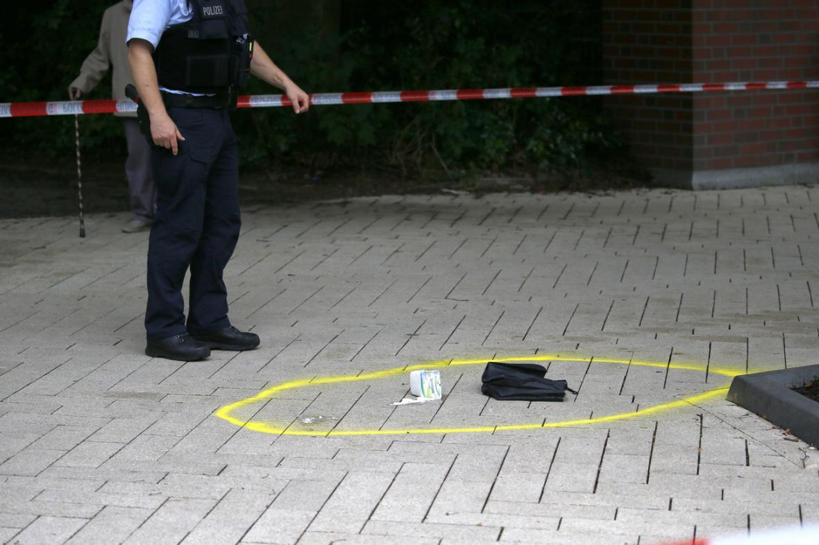 Policie na místě činu.