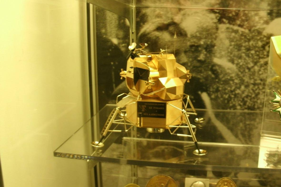 Zlatý model měsíčního modulu