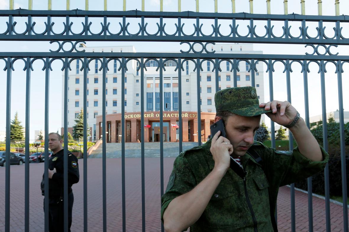 U moskevského oblastního soudu došlo k přestřelce