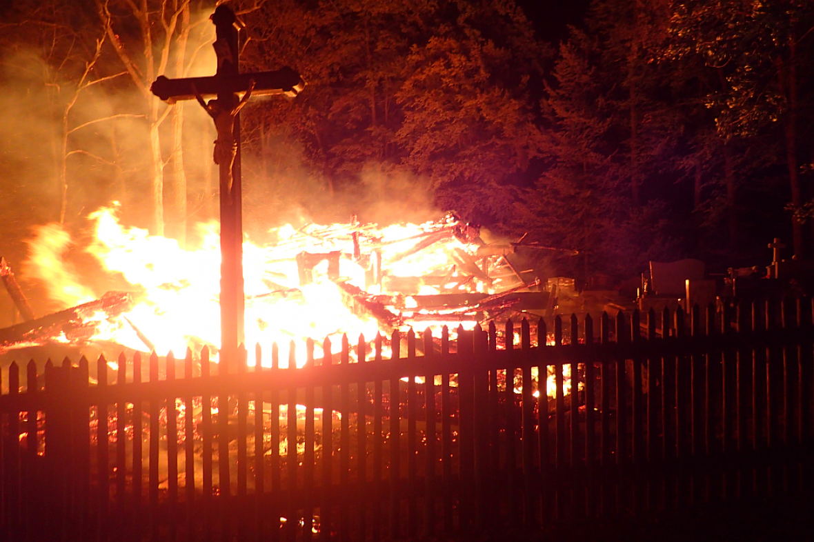 Požár třineckého kostela