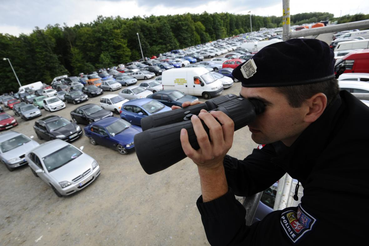 Policie v Brně nasadí do terénu stovky policistů