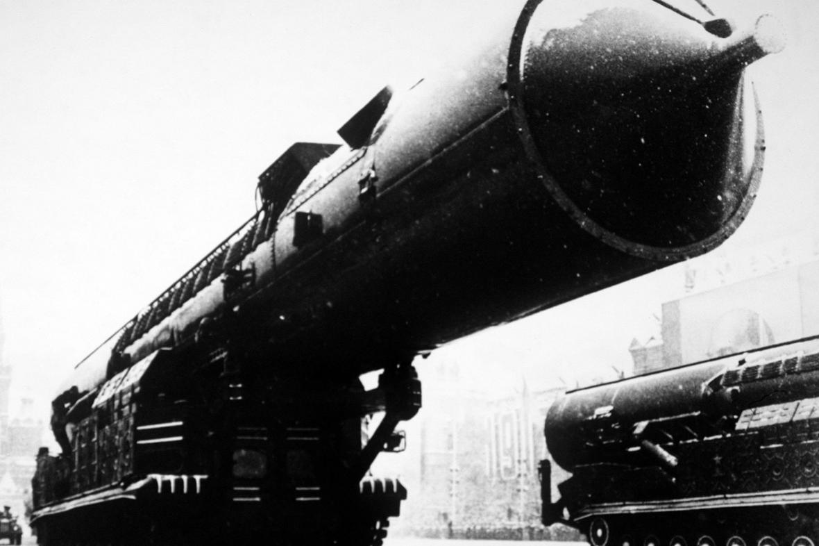 První ruská mobilní mezikontinentální raketa RT-20
