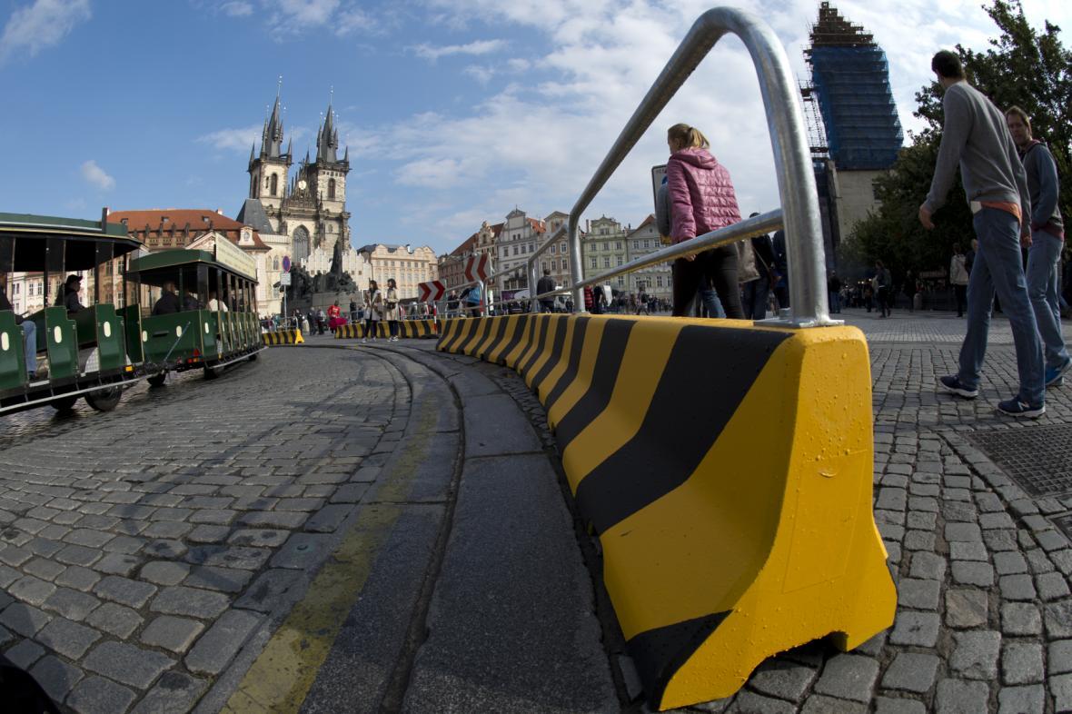 Zátarasy na Staroměstském náměstí