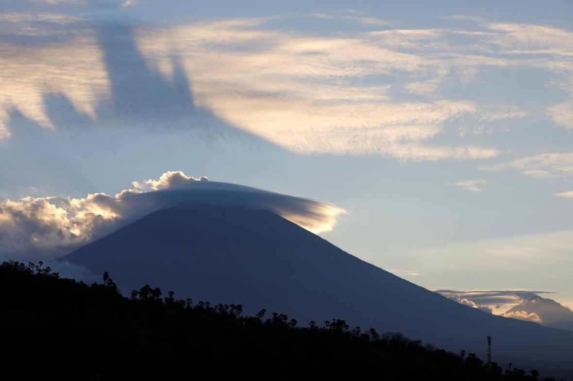 Indonéská sopka Agung