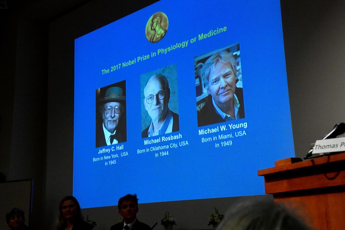Jeffrey C. Hall, Michael Rosbash a Michael W. Young