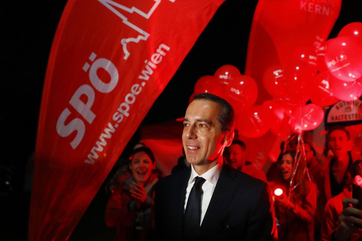 Sociální demokraté kancléře Kerna skončí nakonec ve volbách na druhém místě