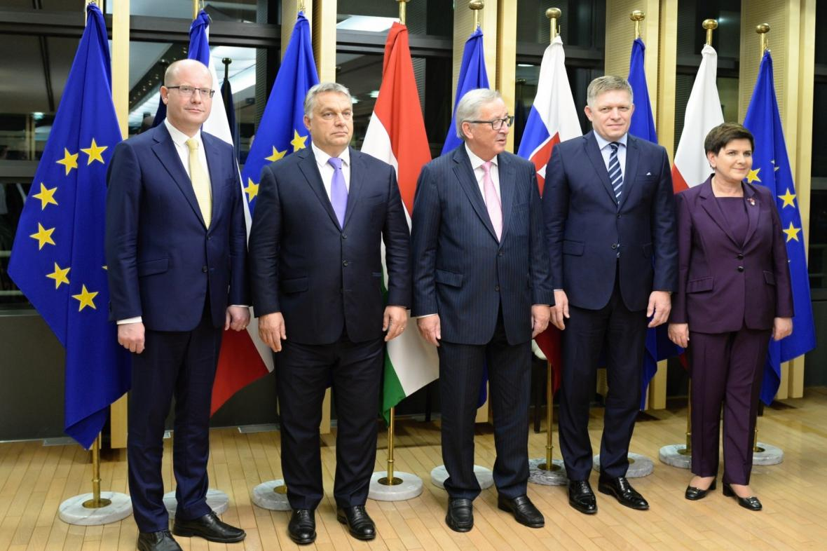 Premiéři zemí V4 s předsedou Evropské komise