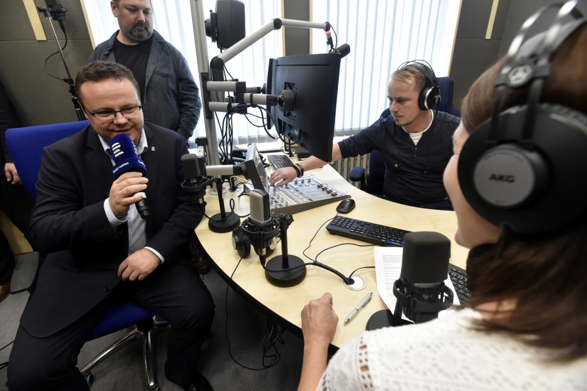 Generální ředitel Českého rozhlasu René Zavoral při otevření studia ve Zlíně
