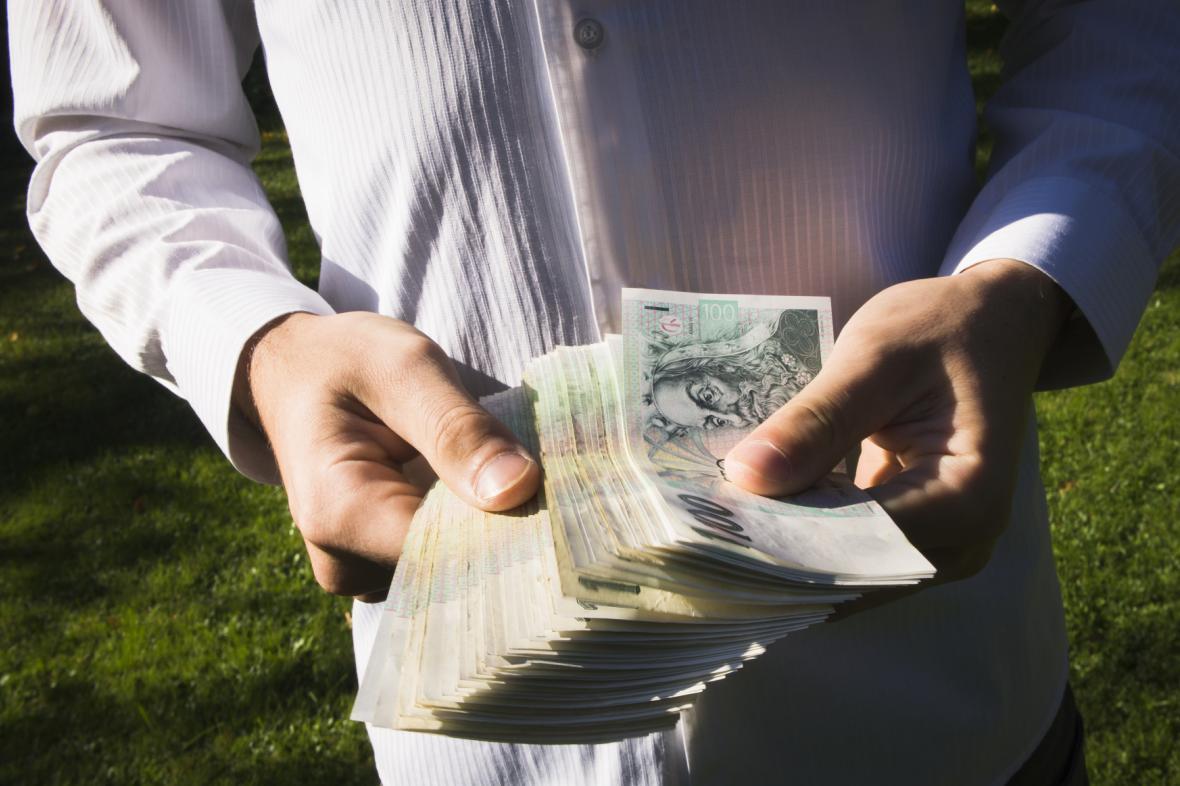 Vložené úspory už klienti neviděli