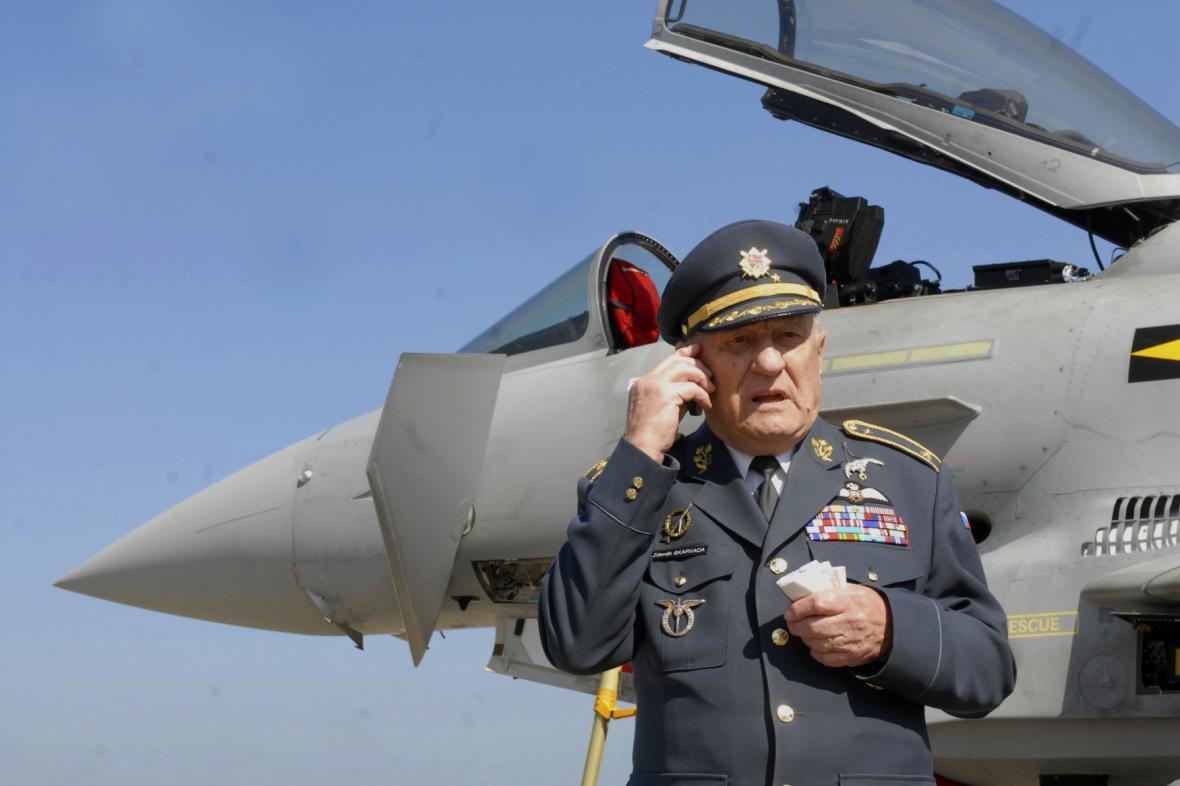 Bývalý pilot britského Královského letectva (RAF) Zdeněk Škarvada