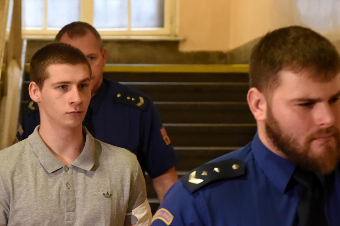 Obžalovaný z vraždy Patrik Konečný (vlevo)
