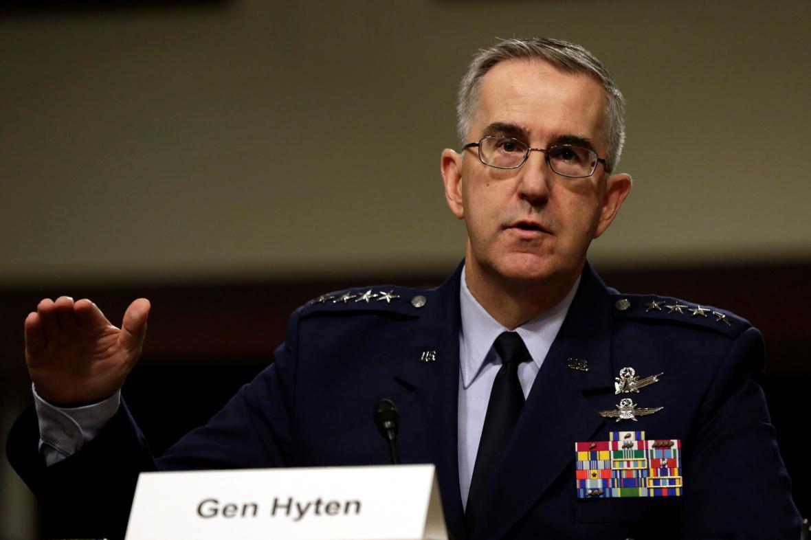 Americký generál John Hyten
