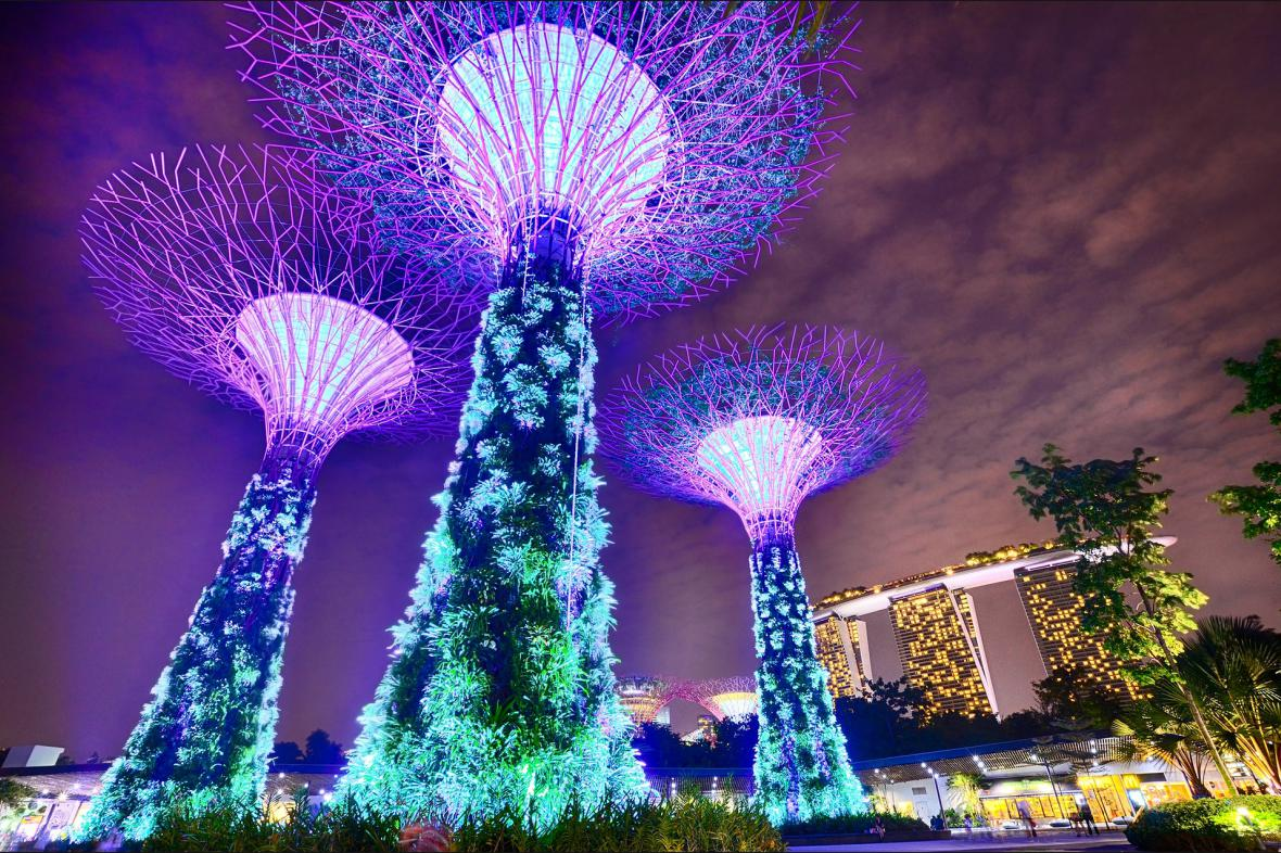 LED světla v Singapuru