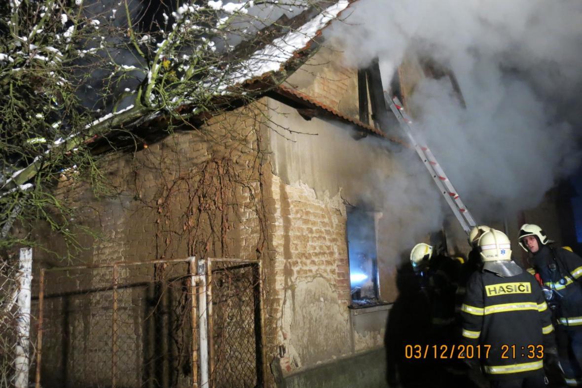 Požár rodinného domu na Prostějovsku