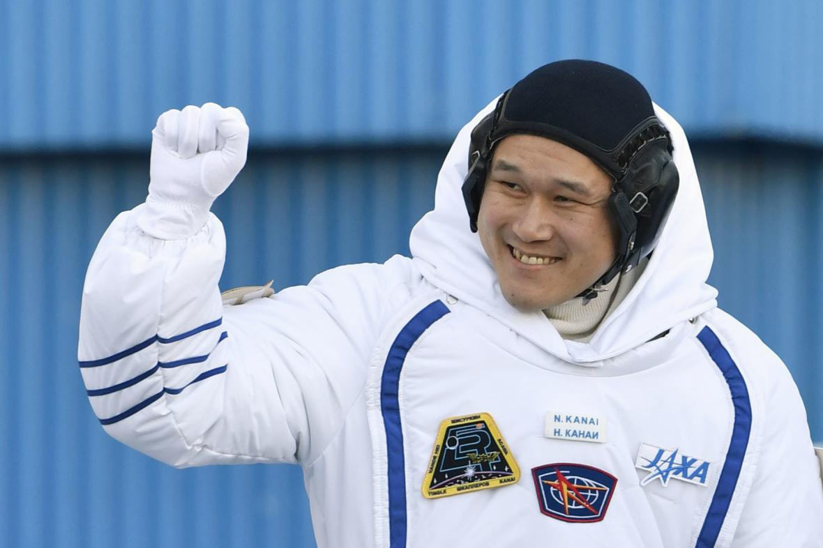 Japonský astronaut Norishige Kanai se loučí před odletem
