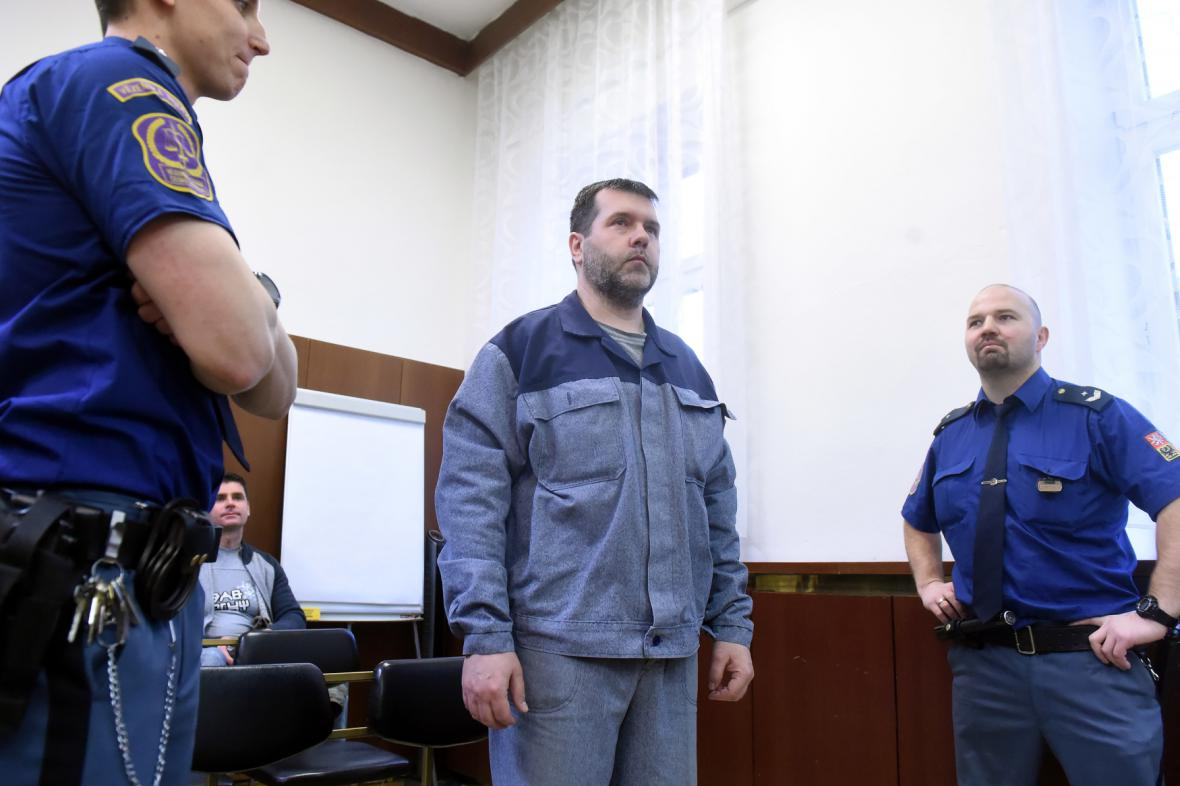Na snímku je jeden z obžalovaných Leoš Semerád (druhý zprava)