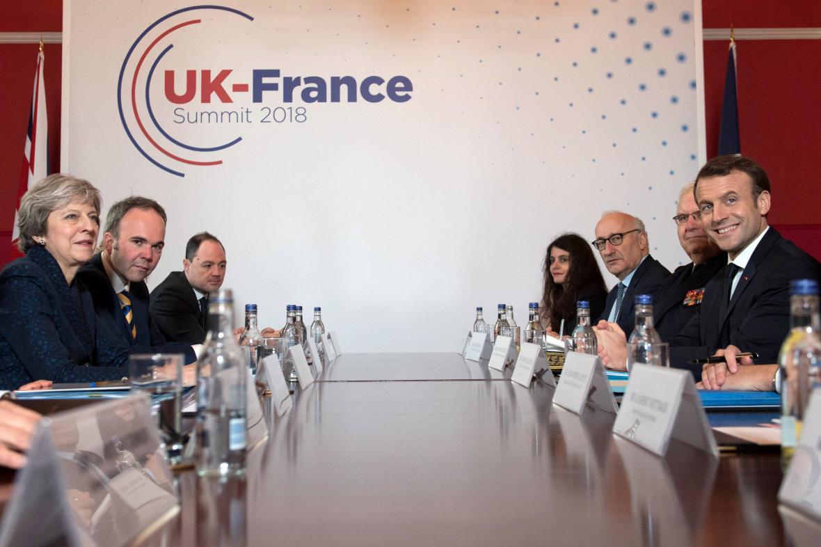 Jednání britské a francouzské delegace