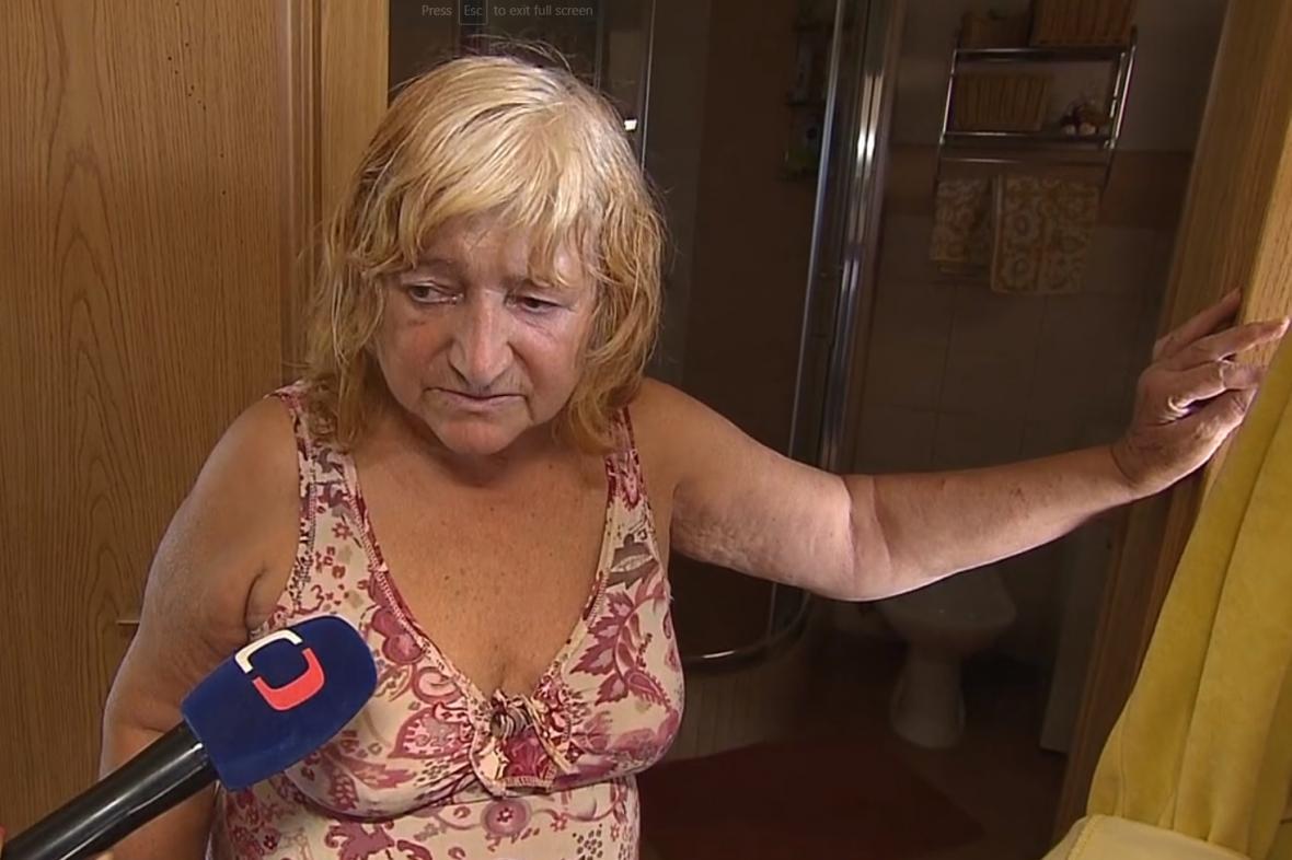 Policie důchodkyni za smrt lupiče neobviní