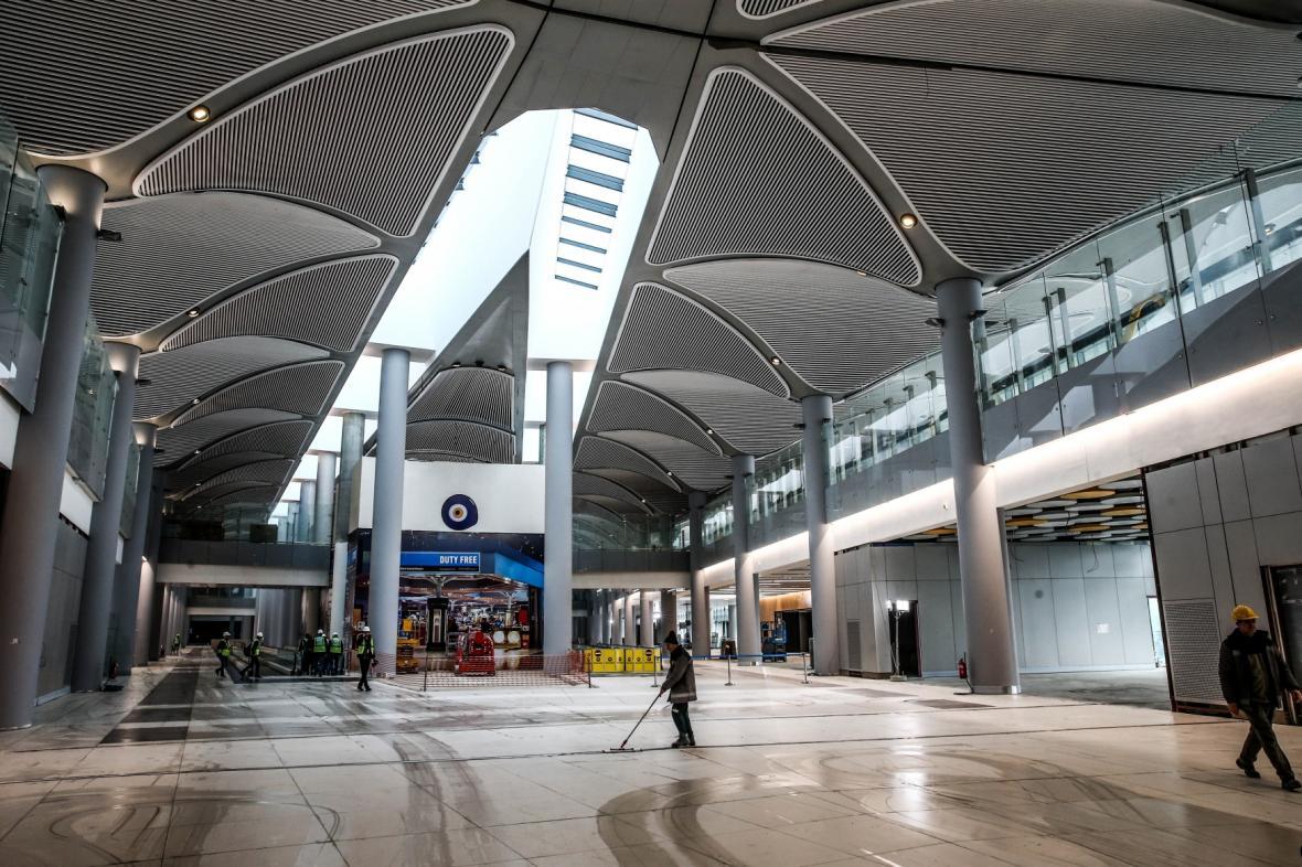 Vzniká třetí istanbulské letiště. Tato část je nejblíže dokončení.