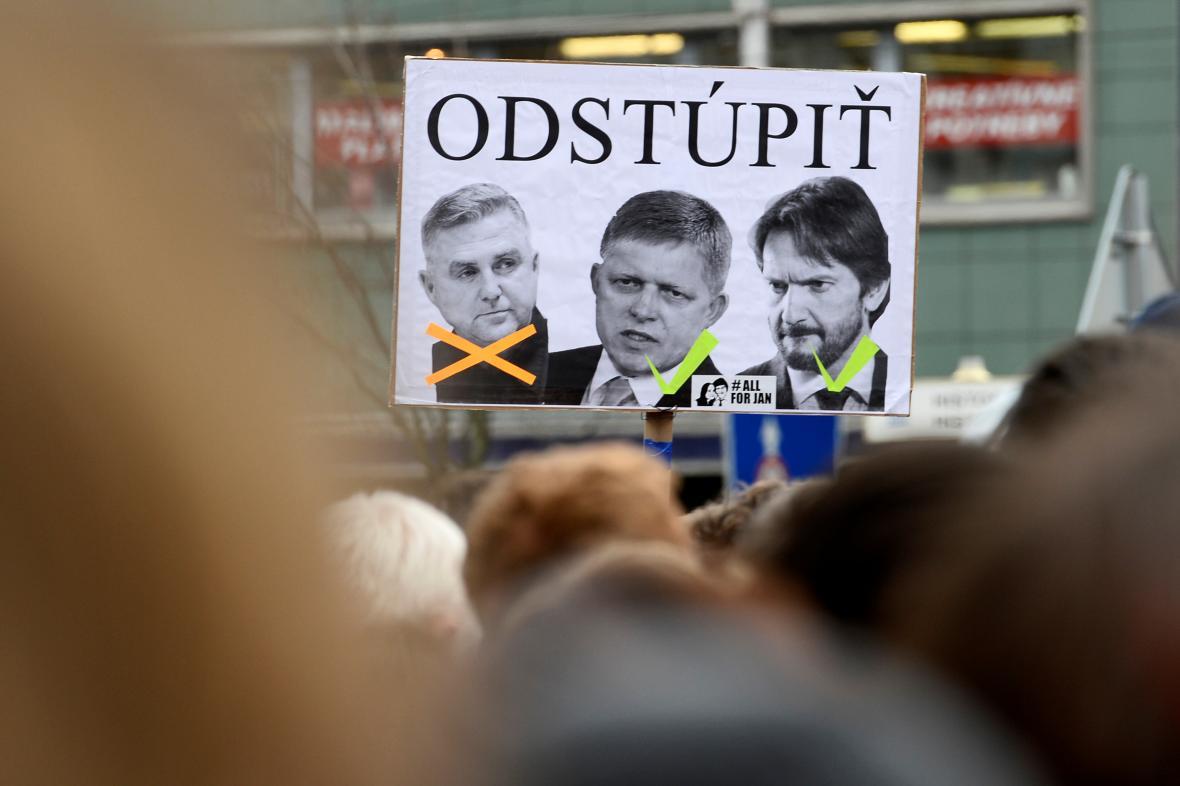 Protest na náměstí SNP v Bratislavě