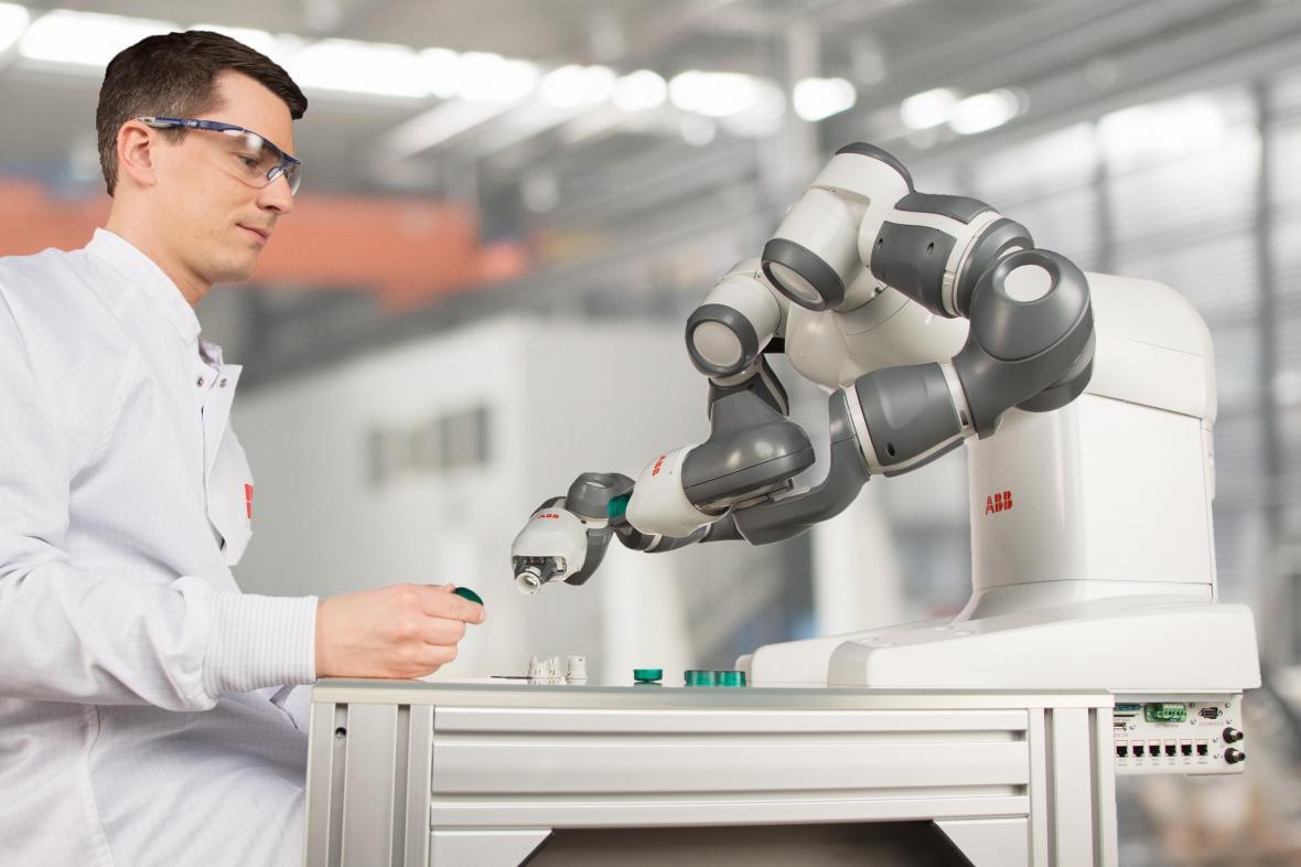 Komapaktní robot pro spolupráci s lidmi