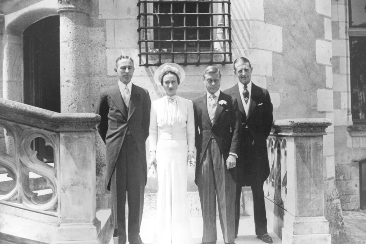 Edward se s Wallis oženil v červenci 1937 ve Francii